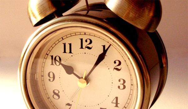 alarm-clock-going-off-wallpaper-4